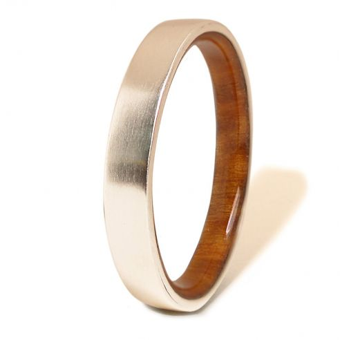 Silver wood bands Sterling silver ring and lignum vitae wood inside 140,00 € Viademonte Jewelry