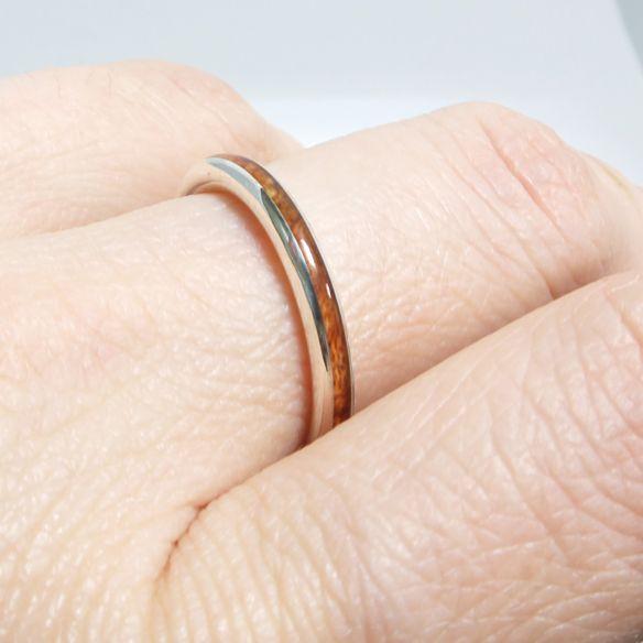 Anelli minimal Viademonte Jewelry argento e legno di erica 120,00 € Viademonte Jewelry