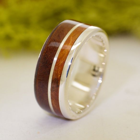 Silver wood rings Walnut and juniper sterling silver ring 175,00€ Viademonte Jewelry