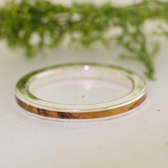 Viademonte Jewelry Sterlingsilber und Olivenholz € Viademonte Jewelry
