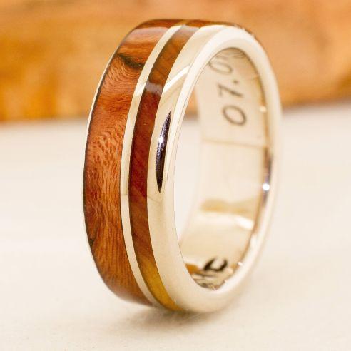 Anillos con madera y oro Anillo de oro blanco y maderas 880,00€ Viademonte Jewelry