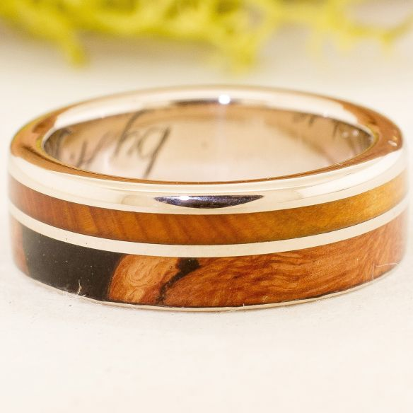 Gold wood rings White gold wedding band & wood 750,00 € Viademonte Jewelry