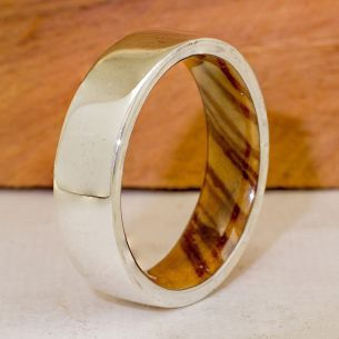 Wood wedding bands Silver wood bands Silver ring and olive wood inside 165,00€ Viademonte Jewelry