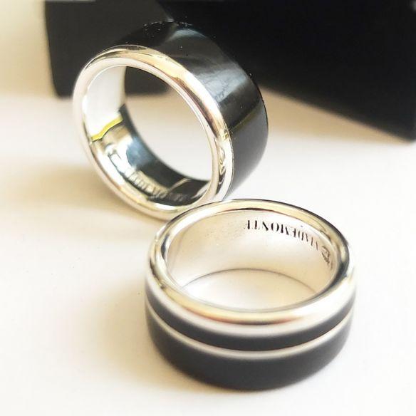 Paire de bagues Paire de bagues en argent massif et bois d'ébène Viademonte Jewelry € Viademonte Jewelry