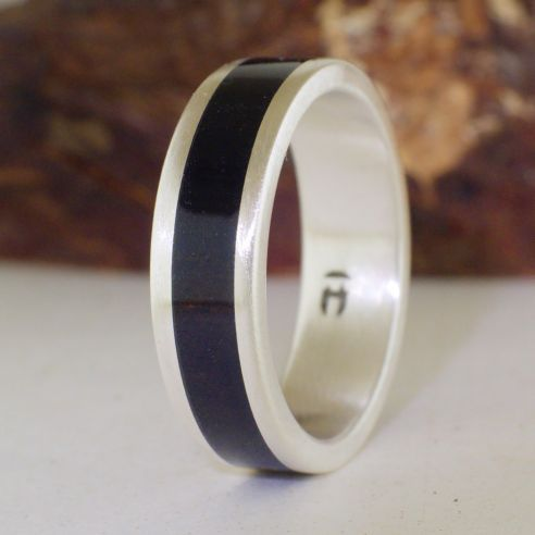 Silver wood rings Brushed silver ring and ebony wood 150,00 € Viademonte Jewelry