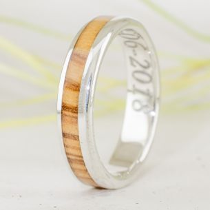 Silver wood rings Catalan olive wood & silver ring 155,00€ Viademonte Jewelry