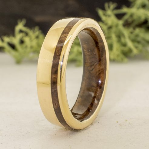 Gold wood rings Yellow gold wedding band and walnut wood 790,00 € Viademonte Jewelry