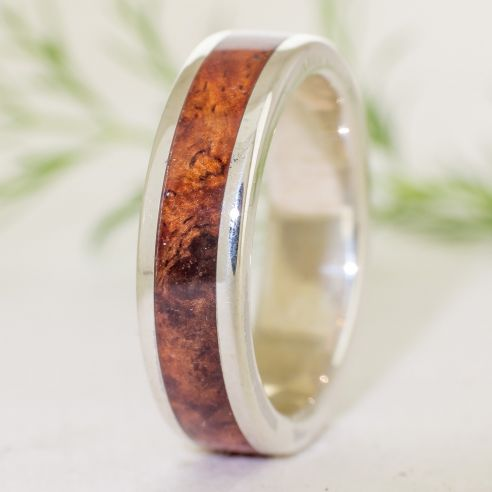 Silver wood rings Silver ring and amboyna wood 150,00 € Viademonte Jewelry