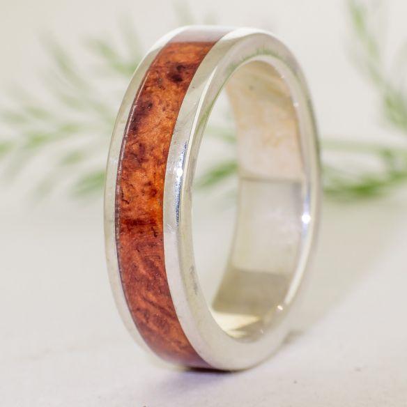 Ringe mit Holz und Silber Ring mit Silber und Amboyna Holz 150,00 € Viademonte Jewelry