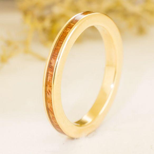 Anelli minimal Viademonte Jewelry oro e legno di erica € Viademonte Jewelry