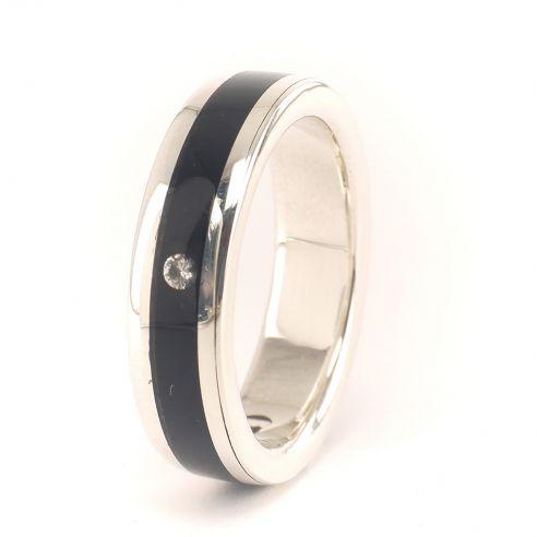 Anells amb pedres precioses Anell plata, banús i diamant 200,00 € Viademonte Jewelry