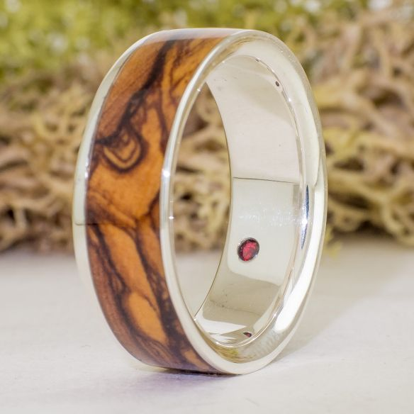Stone rings Olive and garnet sterling silver ring 235,00€ Viademonte Jewelry