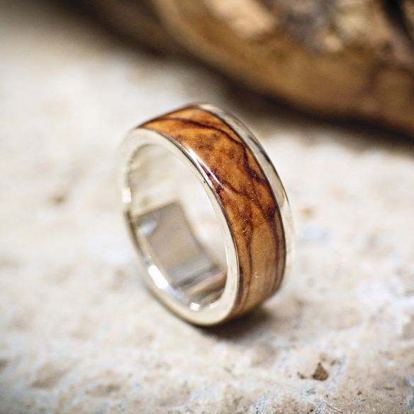 Silver wood rings Sterling silver ring and olive wood 165,00 € Viademonte Jewelry