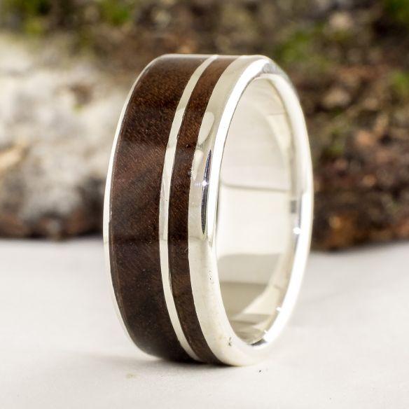Ringe mit Holz und Silber Ehering für Herren - Silber Ehering mit Walnussholz € Viademonte Jewelry