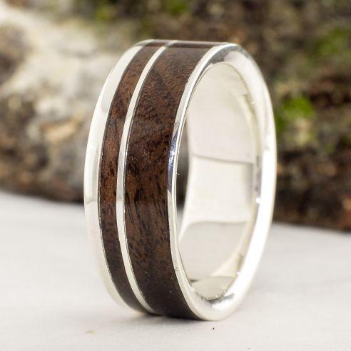 Anelli con legno e argento Viademonte Jewelry argento con legno di noce € Viademonte Jewelry