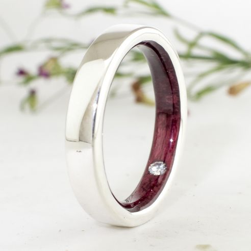 Gemstone Wooden rings Silver ring, diamond and purpleheart wood 160,00 € Viademonte Jewelry