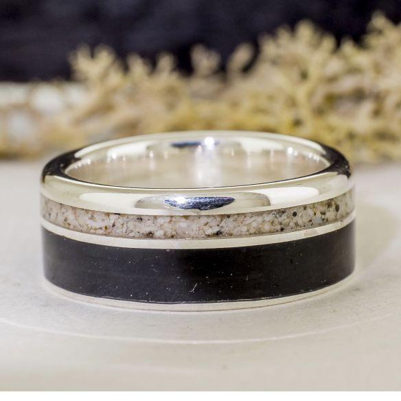 Anells amb Arena Anell plata, fusta de banús i sorra 170,00 € Viademonte Jewelry