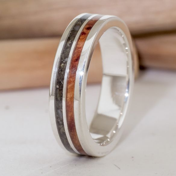 Sand rings Silver ring with wood and ash 170,00€ Viademonte Jewelry