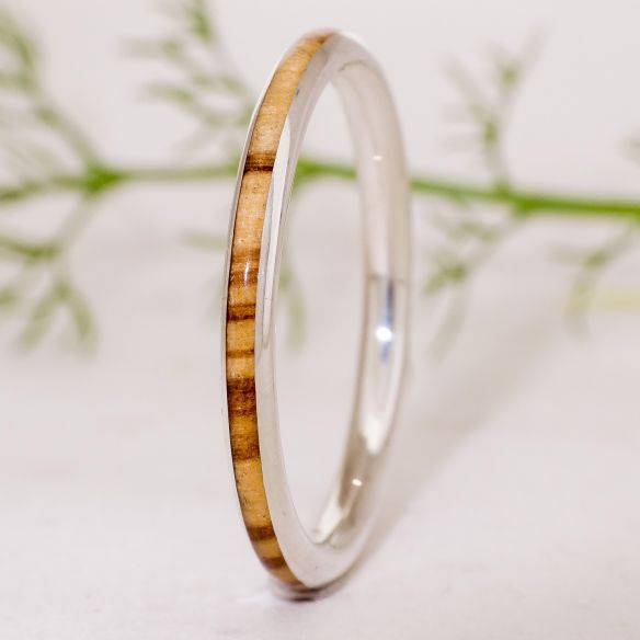 Bagues avec pierres précieuses Viademonte Jewelry argent, olive et diamant Viademonte Jewelry € Viademonte Jewelry