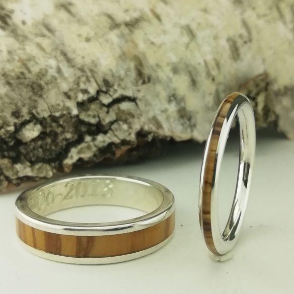 Parejas de anillos Pareja de anillos de plata y madera de olivo 270,00€ Viademonte Jewelry