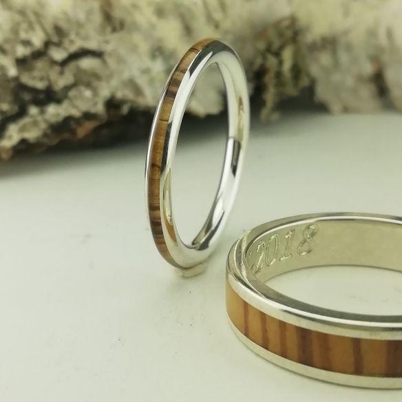 Paar Ringe Paar Silber- und Olivenholzringe € Viademonte Jewelry