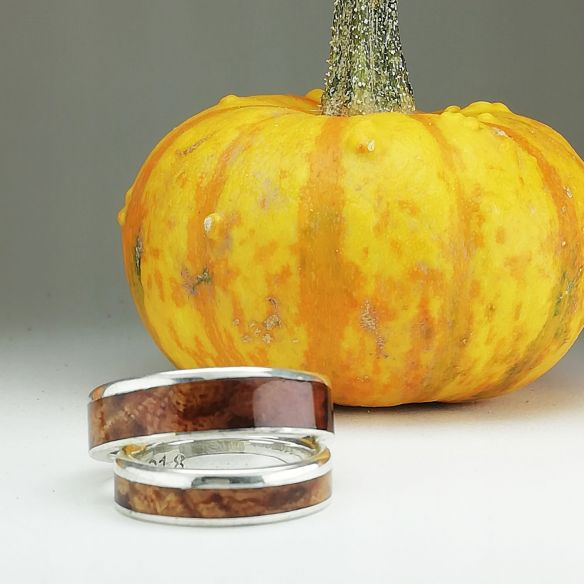 Ring sets Pair of silver rings and birch wood 290,00€ Viademonte Jewelry