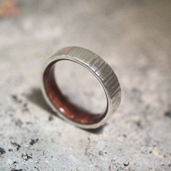 Silver wood bands Briar root wood sterling silver ring 150,00€ Viademonte Jewelry