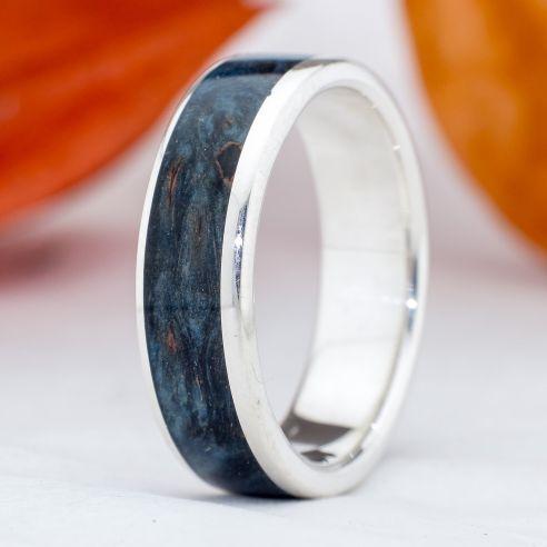 Ringe mit Holz und Silber Viademonte Jewelry Silber und blauem Birkenholz 150,00 € Viademonte Jewelry