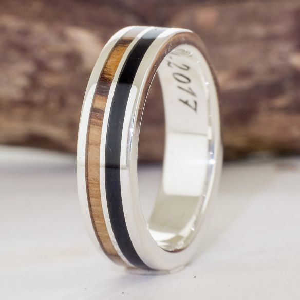 Silver wood rings Wooden silver band - Olive & ebony 160,00 € Viademonte Jewelry