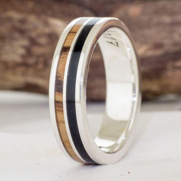 Bagues avec bois et argent Viademonte Jewelry argent en bois d'olivier et ébène Viademonte Jewelry € Viademonte Jewelry