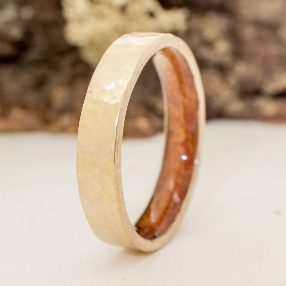 Gold wood bands Yellow gold ring 4 mm and briar wood inside 510,00€ Viademonte Jewelry