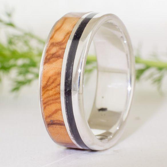 Anells amb fusta i plata Anell de plata i fusta Anell banús anell olivera 128,00 € Viademonte Jewelry