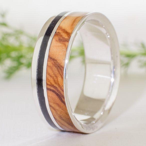 Anelli con legno e argento Anello in argento e legno Anello in ebano anello olivo € Viademonte Jewelry