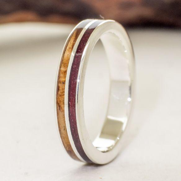 Anells amb fusta i plata Anell de plata fet amb fusta d'amarant i olivera 140,00 € Viademonte Jewelry