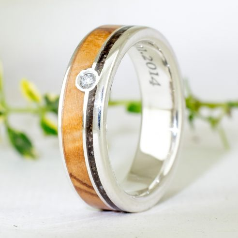 Gemstone Wooden rings Silver ring diamond, olive and forest dust 180,00 € Viademonte Jewelry
