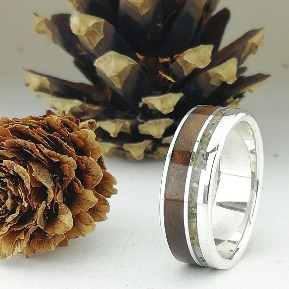 Sand rings Silver ring made with sand and walnut wood 170,00€ Viademonte Jewelry