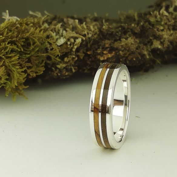 Silver wood rings Wooden silver band - Olive & walnut 160,00€ Viademonte Jewelry
