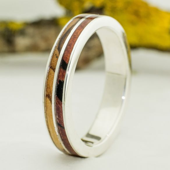Silver wood rings Ring made with silver and olive & briar root wood 140,00€ Viademonte Jewelry