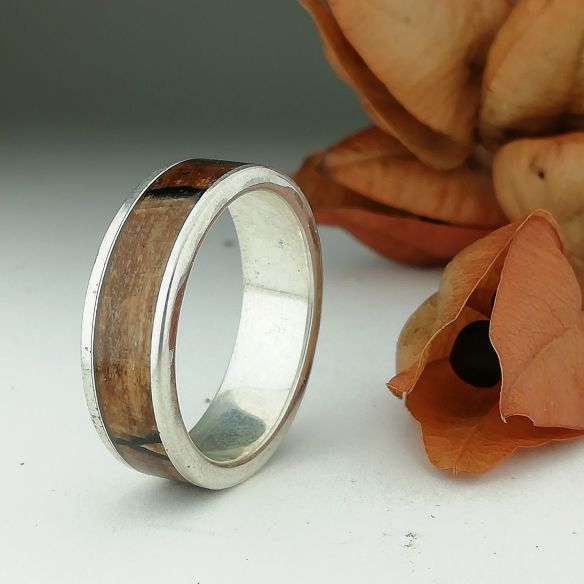 Silver wood rings Silver ring and spalted oak wood 150,00 € Viademonte Jewelry