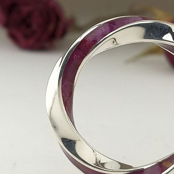 Stackable rings Silver infinity ring and birch purple wood 200,00 € Viademonte Jewelry