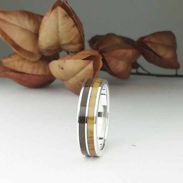 Silver wood rings Wooden silver band - Walnut and olive 160,00€ Viademonte Jewelry