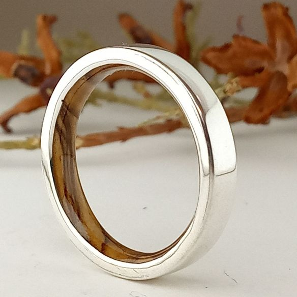 Silver wood bands Sterling silver ring and olive wood inside 140,00€ Viademonte Jewelry