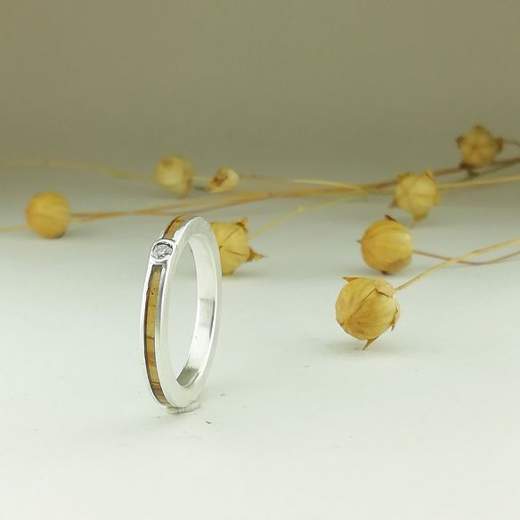 Anillos con piedras preciosas Alianza de plata - Madera de olivo y diamante 180,00€ Viademonte Jewelry