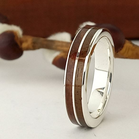 Silver wood rings Wooden silver band - Cherry wood & walnut 160,00€ Viademonte Jewelry