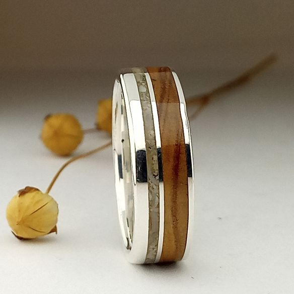 Sand rings Silver ring made with sand and olive wood 170,00 € Viademonte Jewelry