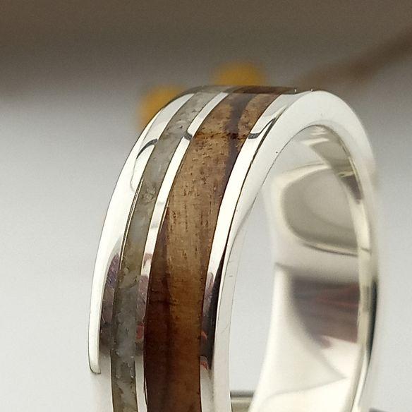Anillos con Arena Alianza de plata con madera de olivo y arena 170,00€ Viademonte Jewelry