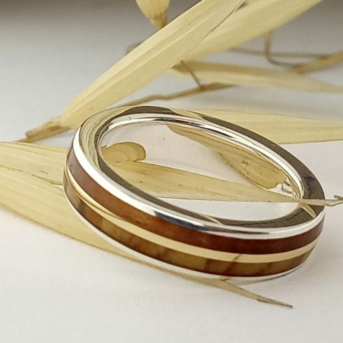Gold wood rings Silver ring and gold centerline - Juniper & olive wood 145,00 € Viademonte Jewelry