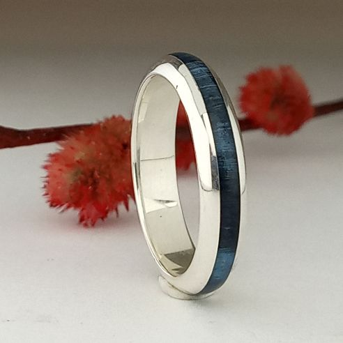 Stackable rings Silver ring halfround made with birch blue wood - wood jewelry 130,00 € Viademonte Jewelry