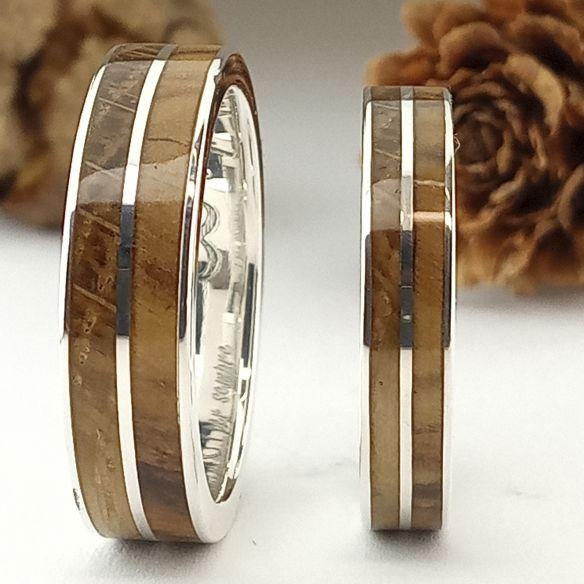 Coppie di anelli Argento e legno d'ulivo e Viademonte Jewelry rovere 300,00 € Viademonte Jewelry
