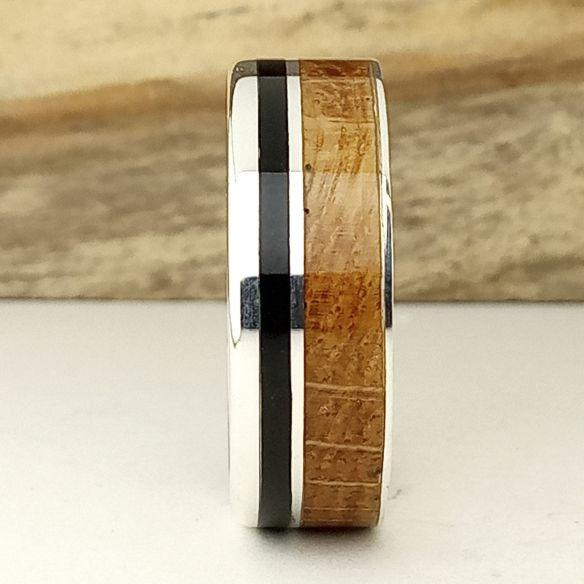 Anillos con madera y plata Anillo plata con madera - Ébano y roble 160,00€ Viademonte Jewelry